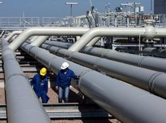 Natural Gas Bulls dominated on Tuesday with prices rallying more than 5 per cent in the domestic market while surging to an eight-year high in the overseas market as forecasts for warm weather across many regions of the US in the coming days bolstered the need for gas-fired cooling. - See more at: http://ways2capital-mcxtips.blogspot.in/2015/06/natural-gas-hits-sky-high-on-warm.html#sthash.XGn61aY9.dpuf