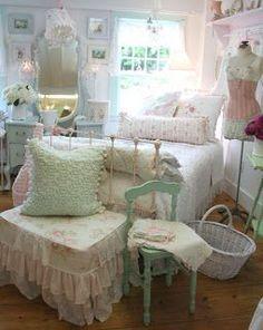 Shabby Chic Bedroom Ideas - http://ideasforho.me/shabby-chic-bedroom-ideas-6/ - #home decor #design #home decor ideas #living room #bedroom #kitchen #bathroom #interior ideas