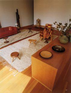 Larusi rugs in Michael Maharam's apartment. NY (World of Interiors) www.larusi.com