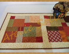 Caminho de mesa em patchwork modelo 4010