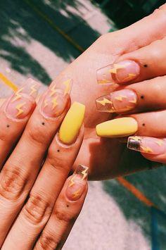 Simple Acrylic Nails, Summer Acrylic Nails, Best Acrylic Nails, Spring Nail Art, Spring Nails, Acrylic Nails Yellow, Pastel Nails, Acrylic Art, Diy Ongles