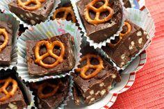 Pretzel Fudge #chocolate #fudge #pretzel #recipe http://all-favorite-recipes.blogspot.co.uk/2013/11/pretzel-fudge.html