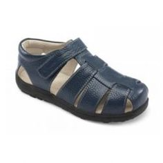 2015 Spring Dillon Fisherman Sandals in Navy by #SeeKaiRun - Dig deep! This classic navy fisherman sandal is flexible and comfortable so once he digs in he'll want to stay and play all day! #3littlemonkeys