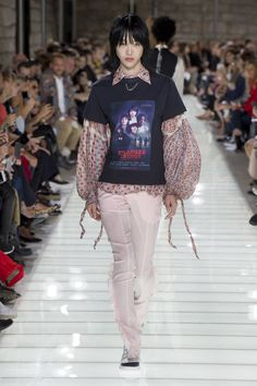 Louis Vuitton Spring 2018 Ready-to-Wear Collection - Vogue
