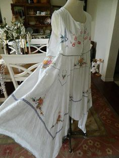 very pretty indeed - full length (51 inches) Heirlooms dress. Love it!
