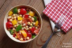 Salade de pois chiches aux trois poivrons Vegetables, Food, Bergamot Orange, Raspberries, Meal, Eten, Vegetable Recipes, Meals, Veggies