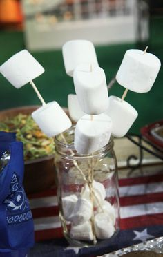 How cute is this as a centerpiece for your end of summer / Labor Day BBQ? And SO easy!