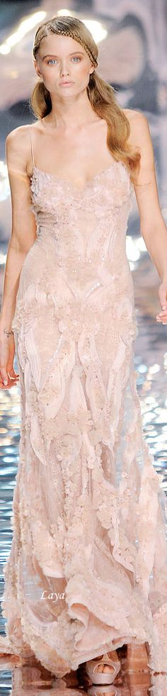 Elie Saab Couture Collection jαɢlαdy - Oh...Really want to put it on ! I can braid the hair myself..