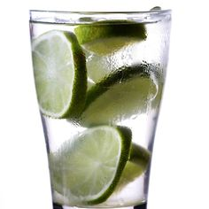 Detox with Water-- It is that simple: water flushes toxins and chemicals out of your body. When you flush these toxins out your muscles stay energized keeps your kidneys healthy maintains consistent bowel movements controls calories and balances bodily fluids. . . #healthcoaching #MetabolicMethodAcademy #MetabolicMethod #healthychoices #healthly #healthybody #nutritional #healthtips #cleaneating #eatclean #healthyeating #healthylifestyle #healthbenefits #healthylifestyles #healthbenefits…