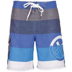 Die lässige Boardshorts INGOLF von Chiemsee ist der Ideale Begleiter zum Strand. Ob zum Schwimmen, Surfen oder Chillen: Diese Boardshorts lässt dich stylisch aussehen und ist zudem noch super komfortabel. Sie hat einen bequemen Innenslip aus Mesh und eine Beintasche. Schnelle Trocknung ist dank hochwertiger Polyesterfaser ist garantiert. Mit dem Style der INGOLF Chiemsee Boardshorts kann man si...