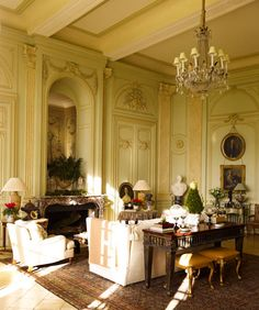 timothy corrigan's chateau du grand lucé, loire valley, france Interior Design Photos, French Cottage, Interior Decorating, Beautiful Interiors, French Interior, Interior Design Living Room, French Architecture, Interior Design, Famous Interiors