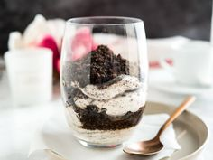These No Bake Oreo Cheesecake Parfaits are simple to make with no baking involved! A delicious cookies-and-cream dessert that is fast, easy and foolproof.