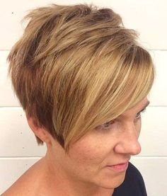 20 Trendiest short blonde hairstyles and haircuts. Best and trendy short blonde hairstyles and haircuts. Try these amazing blonde hairstyles. Short Blonde Haircuts, Short Hair Undercut, Blonde Pixie Cuts, Blonde Bob Hairstyles, New Short Hairstyles, Asymmetrical Hairstyles, Best Short Haircuts, Sleek Hairstyles, Undercut Hairstyles