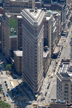 Flatiron Building. East 23rd Street, at Broadway & 5th Avenue. NYC