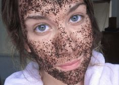 How to create your own homemade coffee face mask and scrub Face Health, Coffee Face Mask, Face Scrub Homemade, Coffee Uses, Silky Hair, Face Hair, Face And Body, Skin Care Tips, Body Care