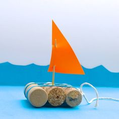 Need a super quick craft to keep the kids busy? Here is a really simple toy boat the kids can make themselves, then race ...