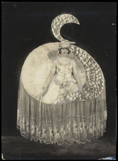 Betty Morton as Moonlight, Ziegfeld Follies
