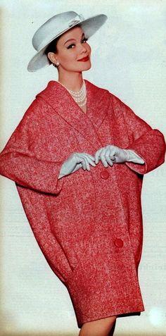 1958 Simonetta Fabiani I Love Fashion, Fashion Photo, Fashion Models, Fashion Outfits, Fifties Fashion, Retro Fashion, Vintage Fashion, Vintage Dress Patterns, Vintage Dresses