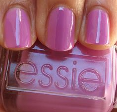 Essie 2010 Resort Collection Splash of Grenadine.love Essie and I absolutely love this color! Great Nails, Fabulous Nails, Gorgeous Nails, Love Nails, How To Do Nails, Fun Nails, Glitter Nails, Essie Nail Polish, Nail Polish Colors
