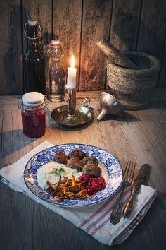 Älgköttbullar med jordärtskockspuré Come Dine With Me, 20 Min, Table Settings, Asian, Health, Food, Christmas, Products, Xmas