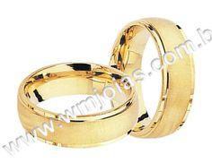 Aliança de noivado e casamento Aliança em ouro Amarelo 18k 750 Modelo: UNIDOS Peso: 7,5 gramas o par Largura:5 mm Anatômico Baixo  Altura: 1 mm  Acabamento fosco e liso
