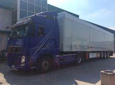 Grazie a Romana Diesel per aver scelto i nostri prodotti made in Italy e creati #sumisura per i vostri clienti! Buon weekend a tutti!!! #Adamoli #AdamoliItalianFloor #pianomobile #PMsumisura #walkingfloor #romanadiesel #weekend #thanksgodisfriday #relax #movingfloor #euro2016 #forzaazzurri #truck #ambiente #volvo