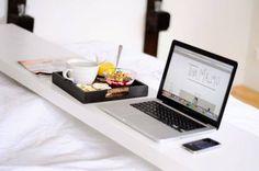 Mesa para la cama