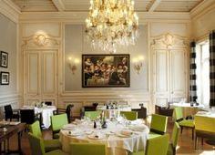 Salão do Restaurante com o famoso quadro L'œuvre de Thierry Bruet (foto site oficial)