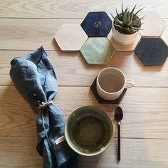 Enström & Blom strävar alltid efter att skapa föremål som både är estetiska och användbara. Hexagonen är vårt senaste tillskott av funktionellt vardagsgods som tål att användas ofta. Idag har vi öppet till 15, välkommen! | Enström & Blom always strives for creating goods both aesthetic and useful. The Hexagon is our latest item of functional goods for everyday use. Today we're open til' 3pm, welcome!