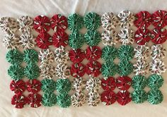 Ornament Wreath, Elsa, Christmas Wreaths, Quilts, Sewing, Trending Outfits, Holiday Decor, Unique Jewelry, Handmade Gifts