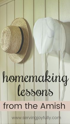 Do you long for a simpler life? Check out this great series full of homemaking lessons from the Amish! #homemaking #joyfulhomemaking #oldfashionedlife #almostamish #notquiteamish #simpleliving
