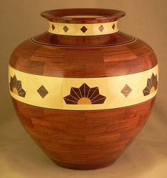 Bill McQuitty - Vase Number 60 Segmented Woodturning http://www.woodturningdesigns.com/