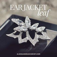 Era Jacket: Super versátil:2 brincos em 1 http://www.alessandraschmidt.com/tn010024-brinco-semi-joia-ear-jacket-leaf/p