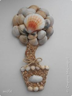 Здравствуйте жители и посетители страны мастеров!!!!!!!!!!!Хочу рассказать и показать как я делаю магниты - топиарии! Это не сложно!!!! Для этого понадобится: плотный картон,клей пва,лак,верёвки,цветочки,листочки всевозможные,обои,ракушки,морской песок, либо крупа,арбузные косточки..... фото 13