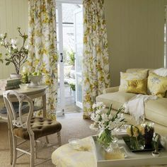 Bright floral living room | Living room furniture | Decorating ideas | Image | Housetohome
