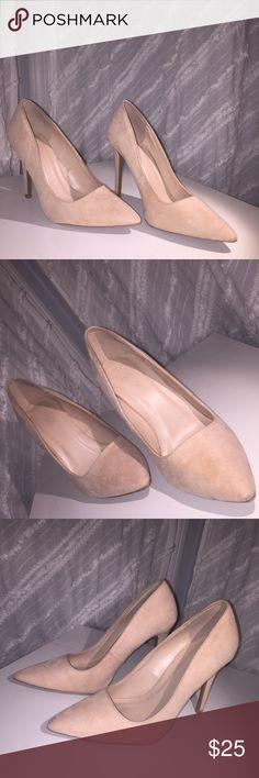 Light pink heels💗 Light pink heels. Only worn once.  Very comfortable. Charlotte Russe Shoes Heels