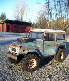 Tamiya land cruiser RC...hard to believe this is a radio control....awesome!!