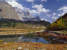 The World's Best Hiking Trails - Condé Nast Traveler