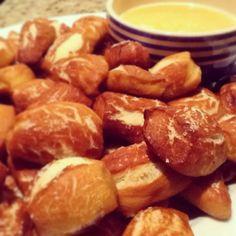 Soft Pretzel Bites & Beer Cheese Dip -- Perfect Super Bowl Appetizer