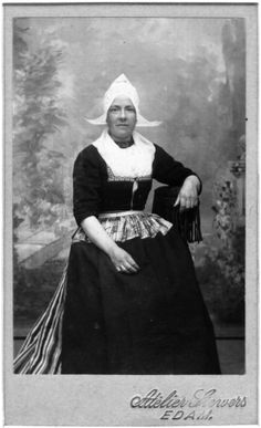 19th-Century Portrait Database of Dutch Cartes de Visite 1860-1914: Volendam #NoordHolland #Volendam