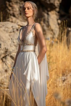 Pretty Dresses, Beautiful Dresses, Beautiful Models, Robes Elie Saab, Couture Fashion, Fashion Show, Daily Fashion, Elie Saab Printemps, Mode Outfits