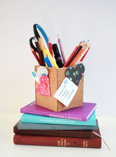 DIY: cork board pencil box