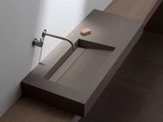 Countertop washbasin with integrated countertop