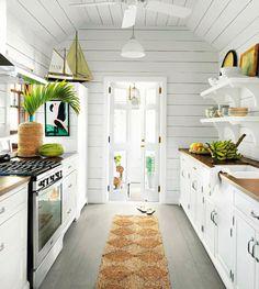 Gorgeous gorgeous kitchen.