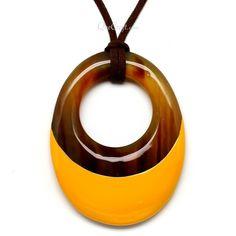 QueCraft Horn & Lacquer Pendant - Q5657-Y