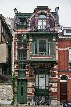 Art nouveau buildings near sadovaya street, st. Architecture Art Nouveau, Architecture Cool, Beautiful Buildings, Beautiful Homes, Old Buildings, Victorian Homes, Old Houses, Exterior Design, Art Deco