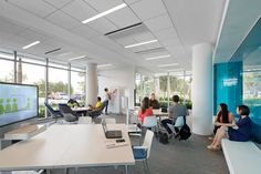 The study space offers a variety of collaborative spaces at Lynn University Mohammed Indimi International Business Center