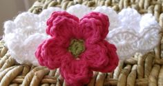 Crochet bracelet with flower