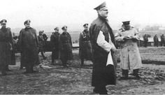 Poor quality but this is an outtake from Hitler's visit to the Westwall in late 1939.