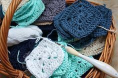 Transcendent Crochet a Solid Granny Square Ideas. Inconceivable Crochet a Solid Granny Square Ideas. Crotchet, Knit Crochet, Crochet Granny, Merino Wool Blanket, Baby Knitting, Knitted Hats, Diy And Crafts, Winter Hats, Blog